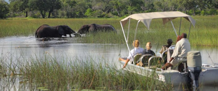 a-botswana-safari-at-andbeyond-xudum-okavango-delta-lodge-22.jpg.1920x810_default