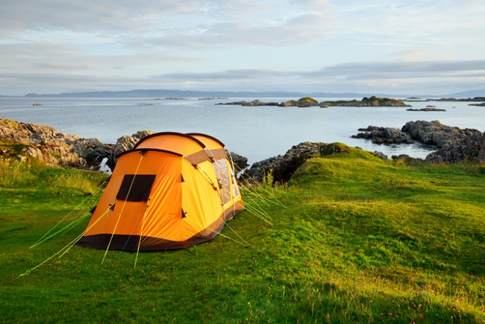 Luxury-Camping-Adventure-with-Amenties_Feature-Image_1161052871